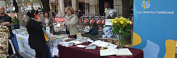 Eduardo galeano protagonista de nuestra parada de sant jordi casa am rica catalunya - Casa del libro barcelona rambla catalunya ...
